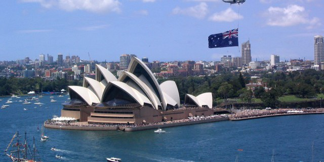 ЦБ Австралии ухудшил