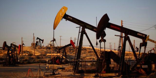 Нефтяные качели: США не