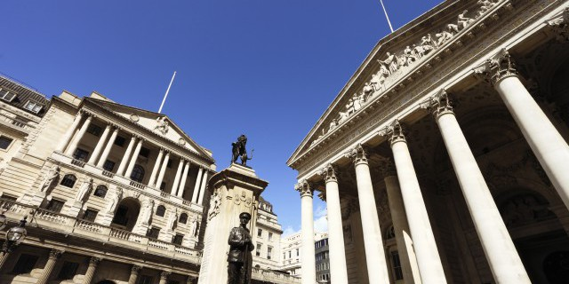 Банк Англии за два года