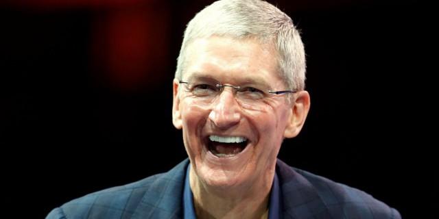 Глава Apple потратит