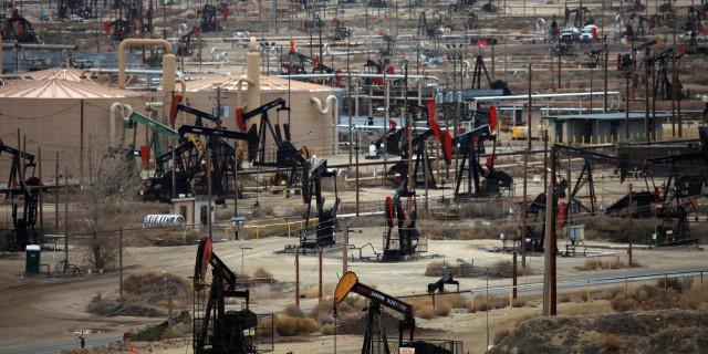 Нефтяники США нашли