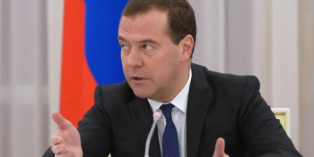 Медведев: займем жесткую