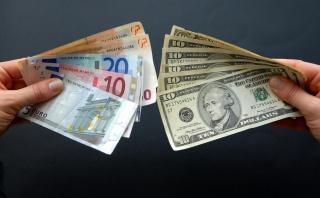 Доллар пробил отметку