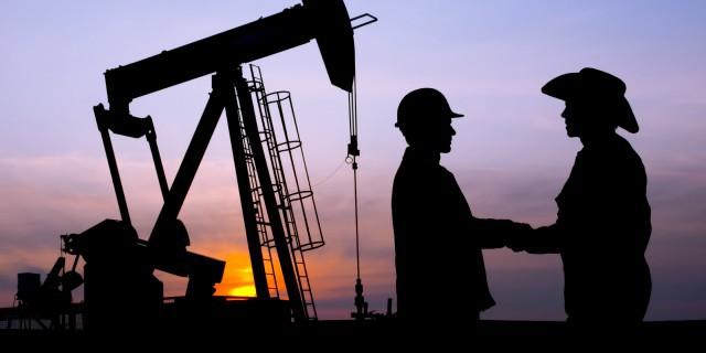Нефть встала в один ряд