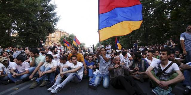 Армения: политический