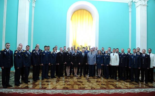 Путин: сильная армия –