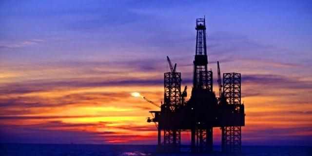Цена на нефть снижается