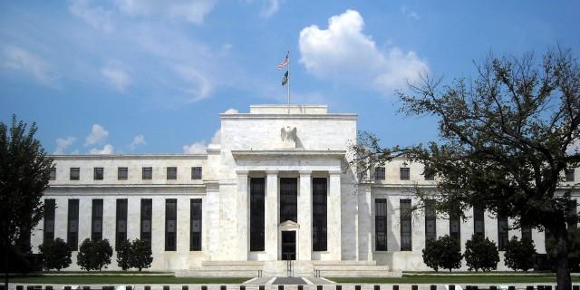 Почему ФРС не следует