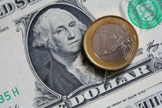 Греция отправила евро к