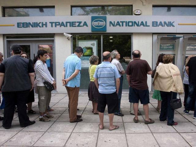 Греческие банки снова
