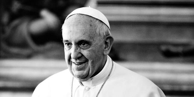 Папа Римский призывает