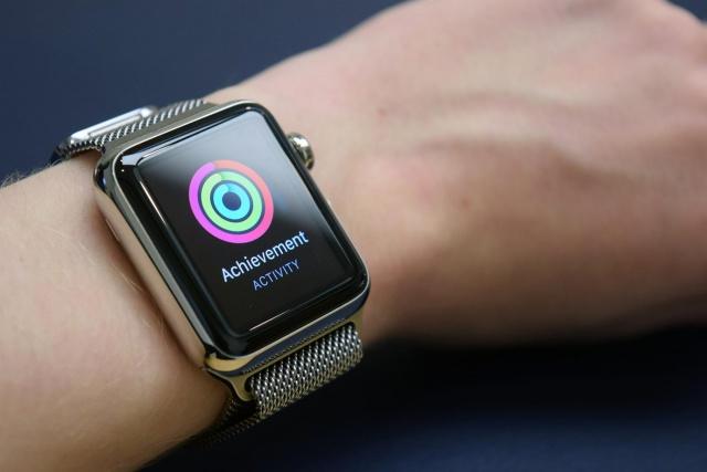 Apple Watch откусила 75%