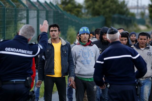 Миграция: кто бежит на