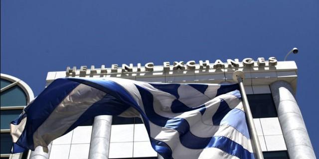 Греция стала на шаг