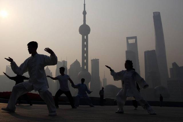 Девальвация юаня –