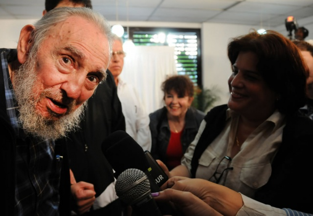 Кастро: США должны