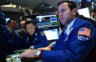 Сырьевые рынки падают на