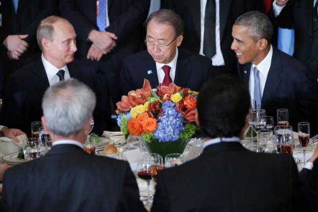 Фергюсон: Путин видит