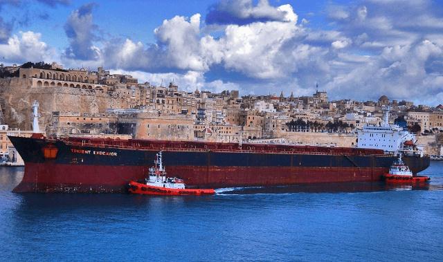 Нефтехранилища Китая
