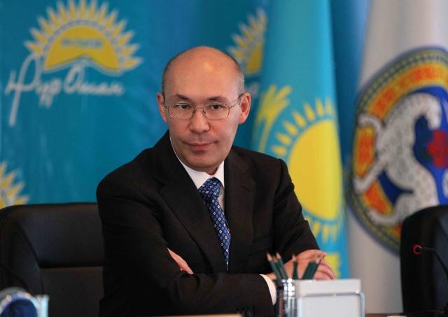 Назарбаев снял