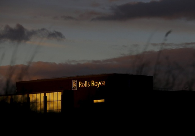 Акции Rolls-Royce упали