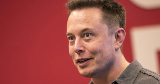 Tesla отзывает все