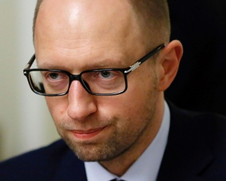 Яценюк отказался от газа