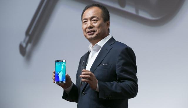 Samsung сменила