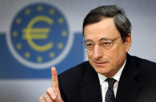Драги поднял курс евро