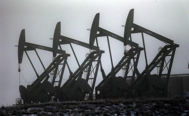 Цены на нефть упали до