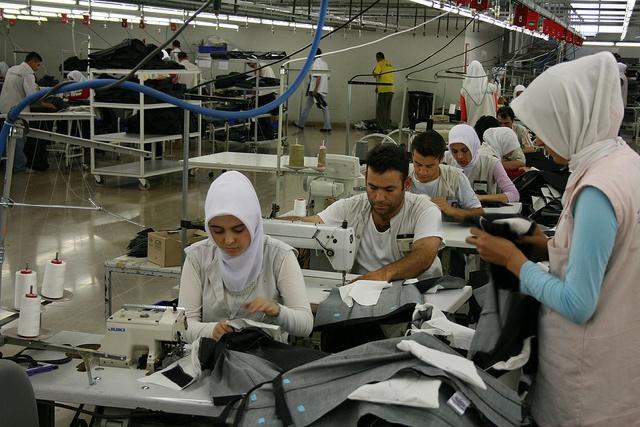 СМИ: импорт одежды из
