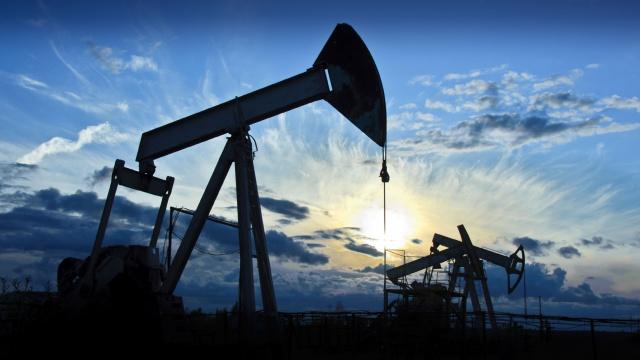 Нефть продолжила
