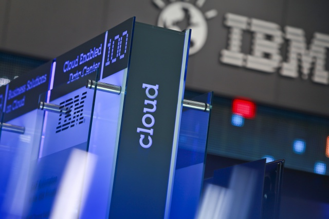 IBM и VMware заключили