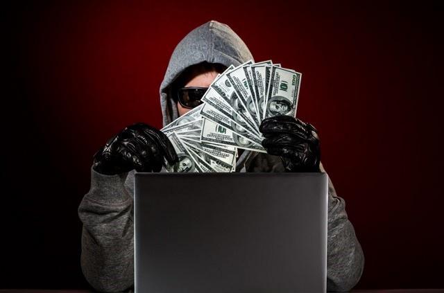 Хакеры украли $100 млн