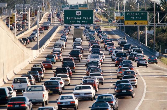 Продажи машин в США