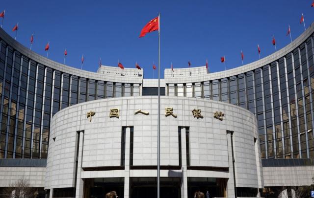Стелс-девальвация юаня.