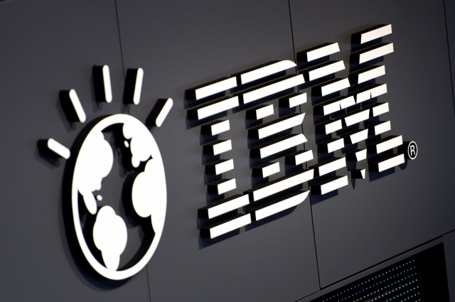 IBM фиксирует худшую за