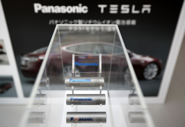 Panasonic ускорит