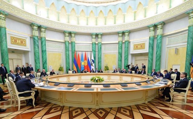 Путин предложил ЕАЭС