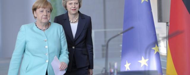 Британия отложила выход