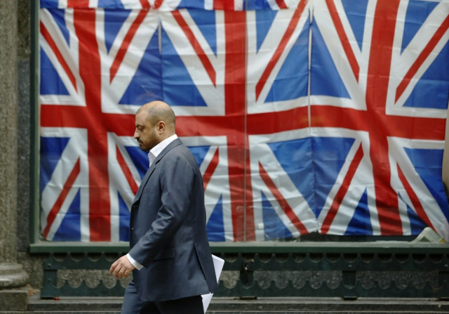 PMI Великобритании на