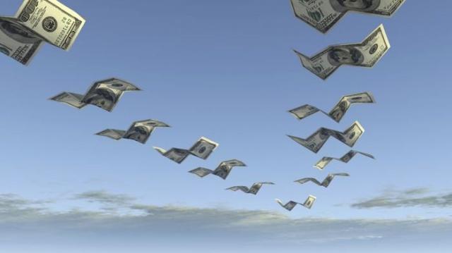 ЦБ: отток капитала в