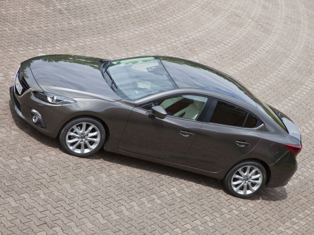 Mazda отзывает 2,3 млн