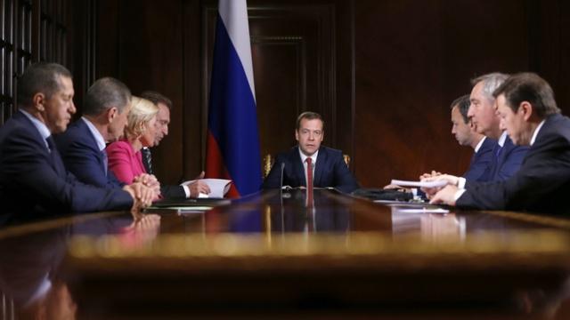 Медведев: госконтроль и