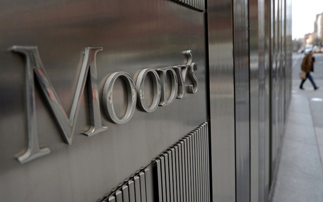 Moody's улучшило