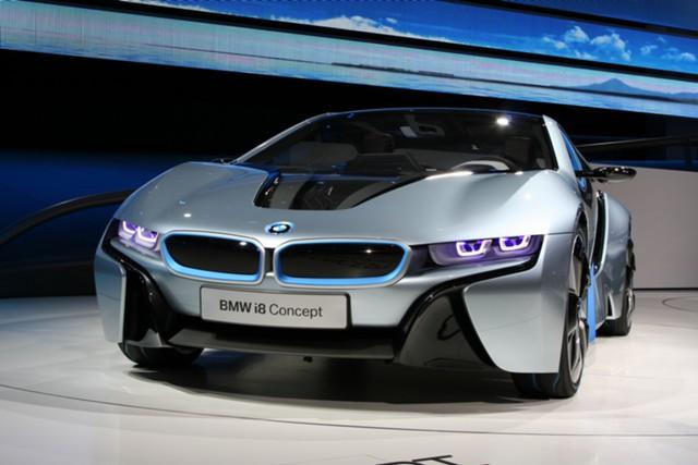 BMW ищет в России место