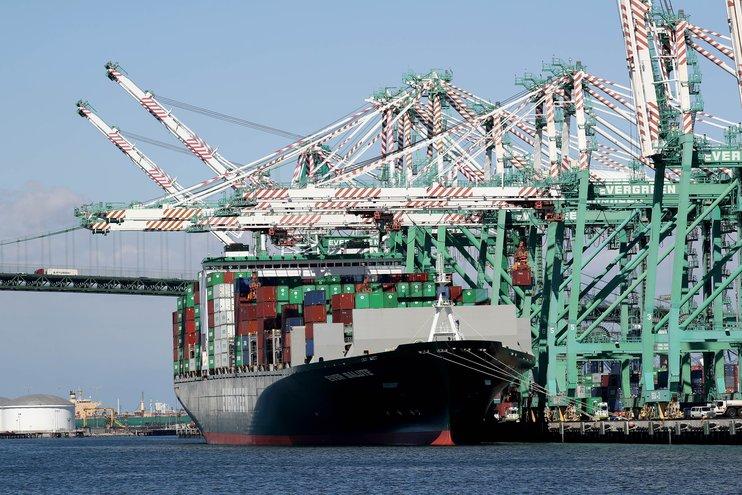 Торговый дефицит США в