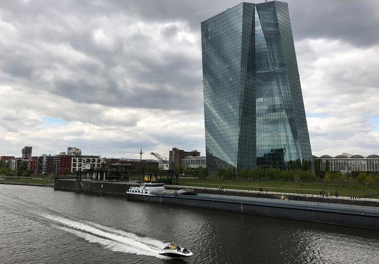 ЕЦБ не видит