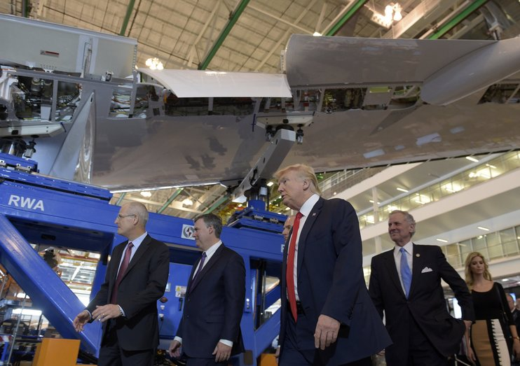 Трамп посоветовал Boeing