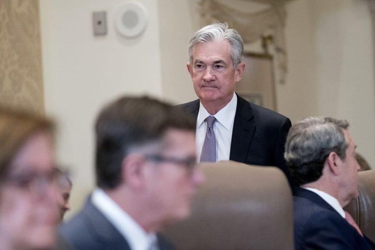 Пауэлл запретил руководству ФРС США выступать с публичными...
